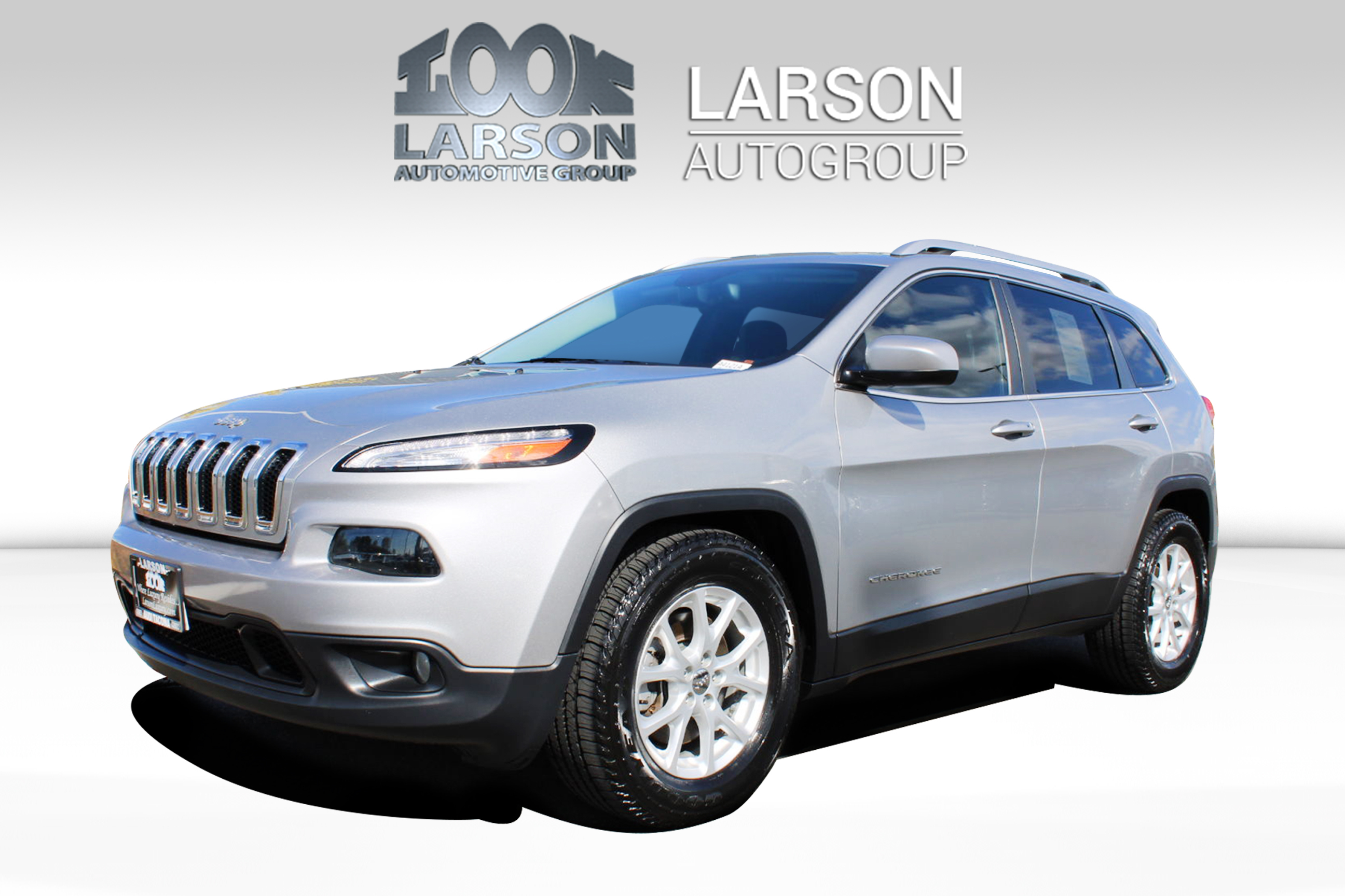 Pre-Owned 2015 Jeep Cherokee Latitude