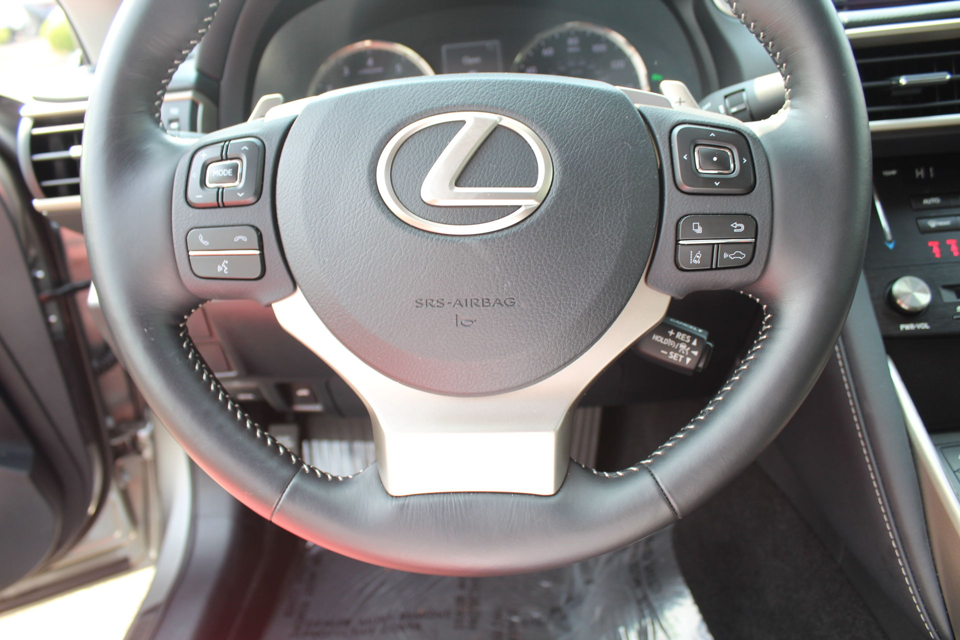 Pre-Owned 2017 Lexus IS