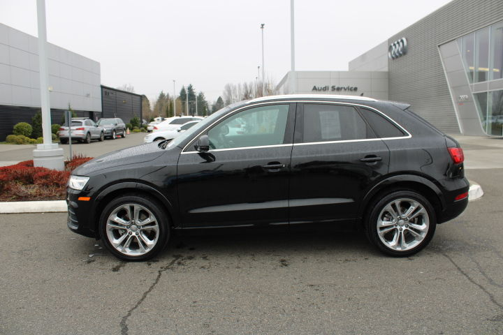 Pre-Owned 2017 Audi Q3 Premium Plus