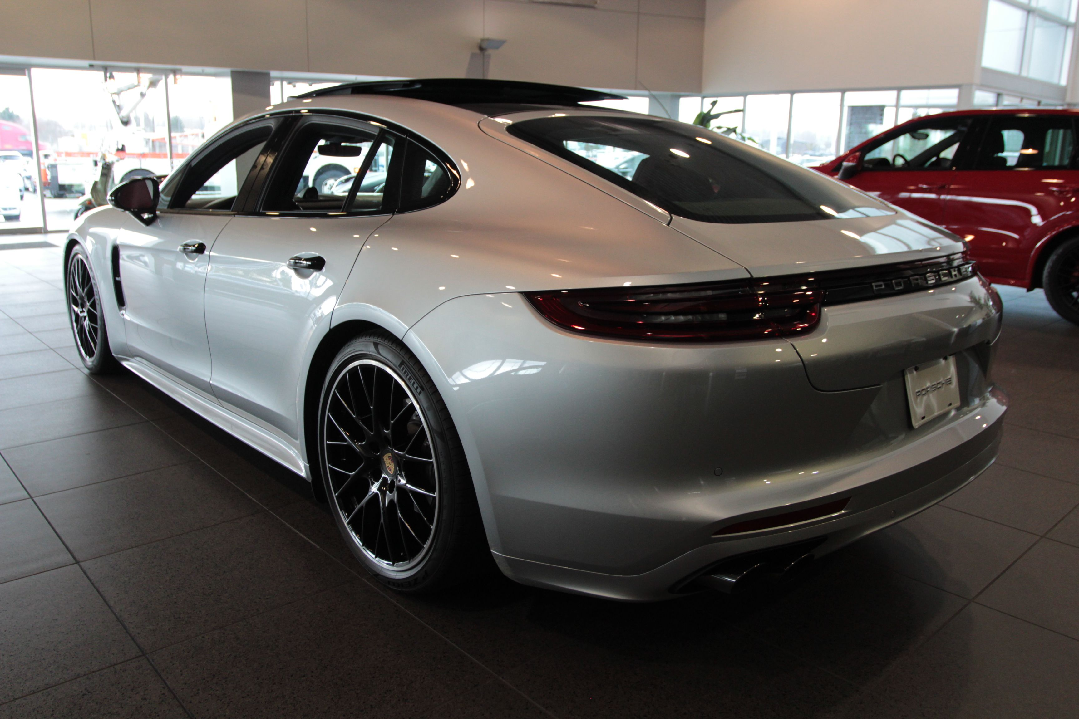 new 2017 porsche panamera 4s hatchback in fife p1151 porsche of tacoma. Black Bedroom Furniture Sets. Home Design Ideas