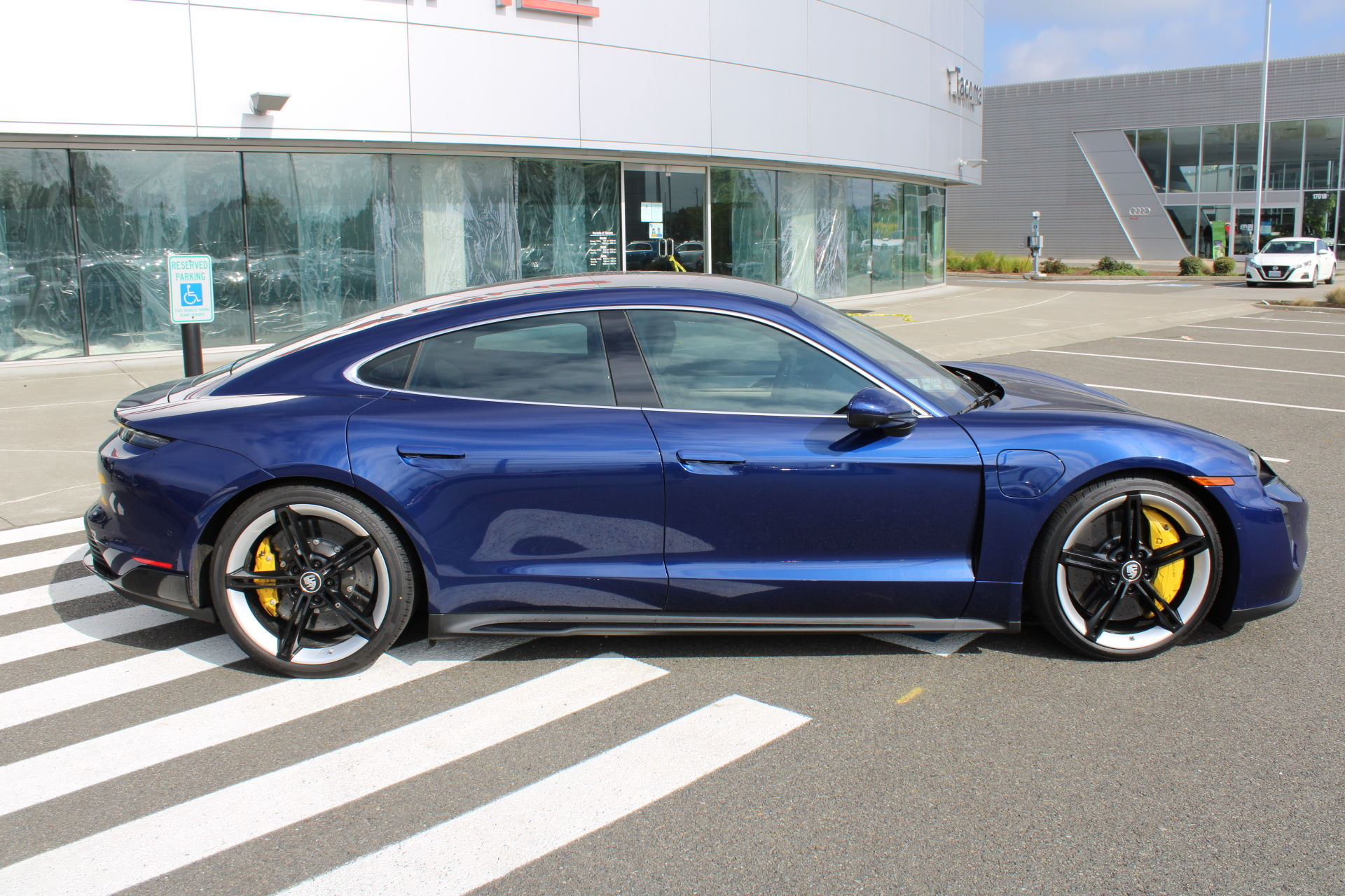 New 2020 Porsche Taycan 4S 4dr Car in Fife #P1706 ...