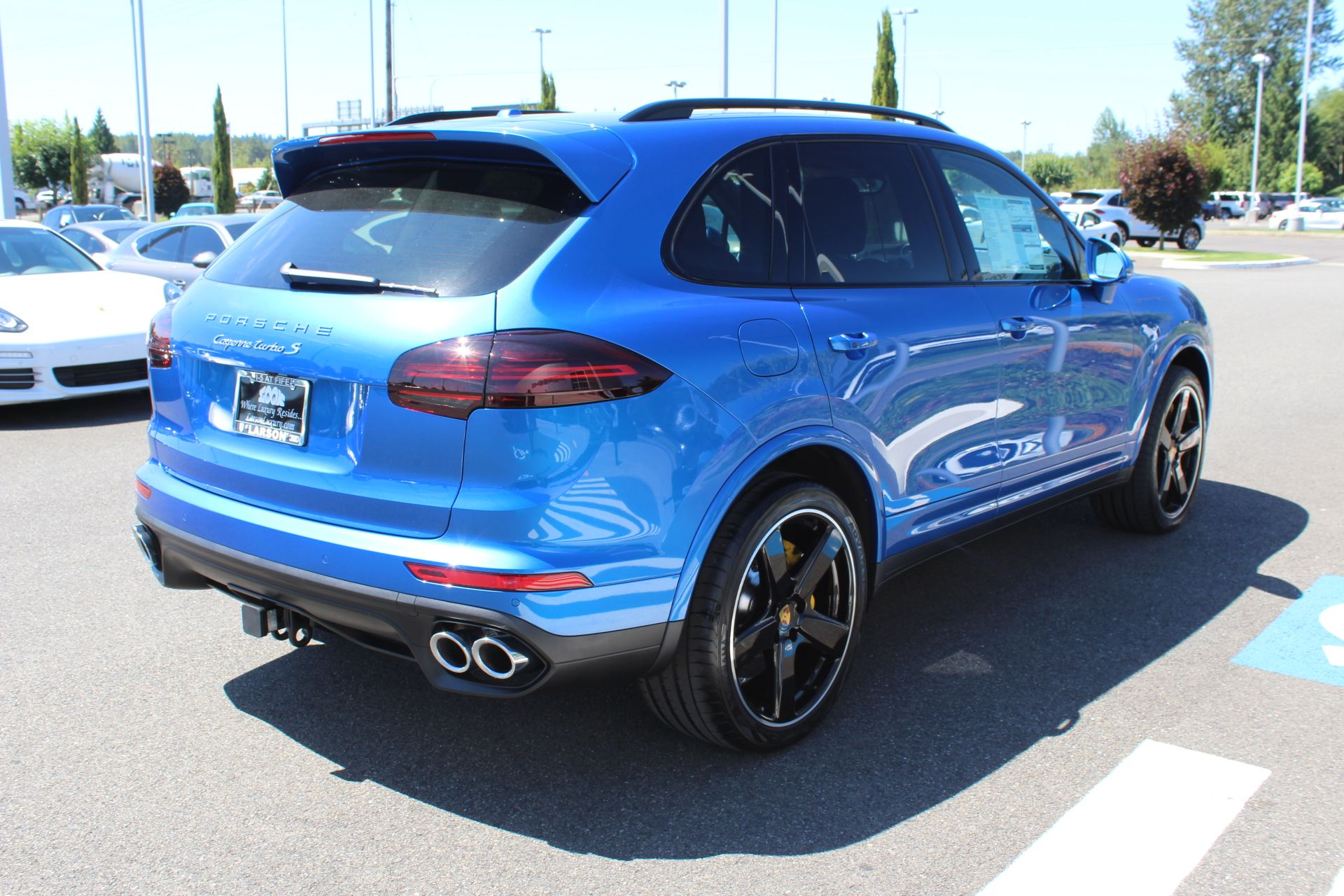 New 2017 Porsche Cayenne Turbo S